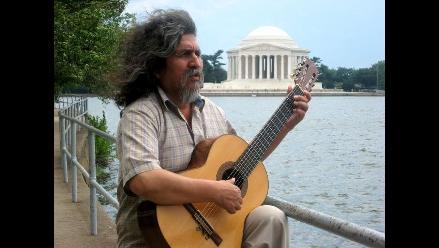 Manuelcha Prado en concierto en Yawar Arte y Cultura