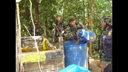 Huánuco: Policías destruyen dos laboratorios de PBC en Monzón
