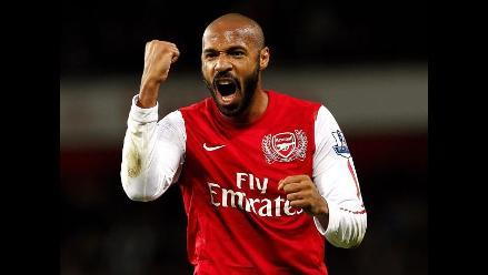 Thierry Henry metió al Arsenal a los dieciseisavos de la Carling Cup