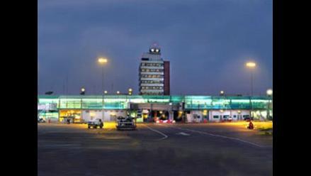 Operador de aeropuerto Jorge Chávez justifica retrasos de vuelos