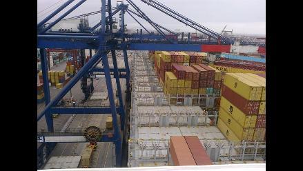 Puerto del Callao tendrá tres nuevas grúas super post panamax el 2014