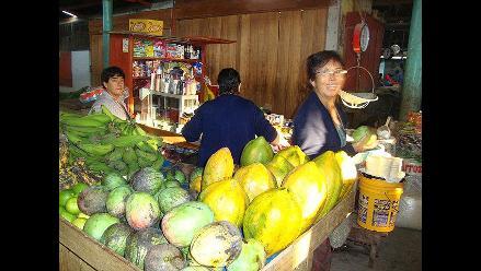 Suben los precios del plátano y la papaya en mercados de Moyobamba