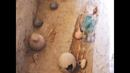 Descubren ornamentas de guerrero élite de la cultura Lambayeque