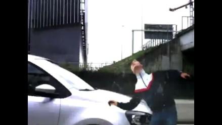 Jugador del Ajax es atropellado en carretera mientras grababa un spot