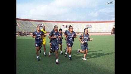 Chimbote: Club José Gálvez entrena solo con 13 jugadores