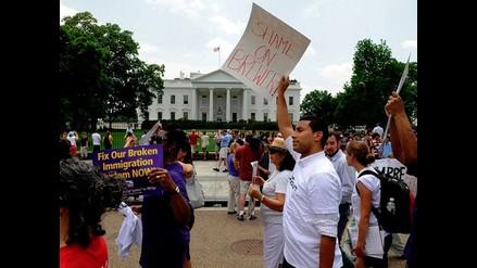 Lanzan objeto humeante contra la Casa Blanca
