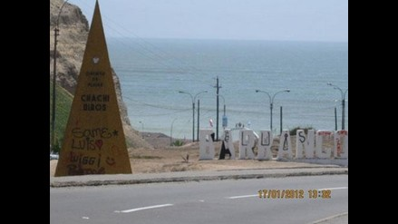 Pintan monumentos en el Circuito de Playas