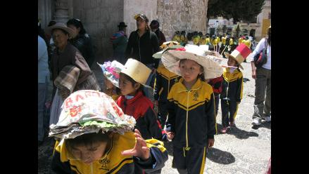 Escolares deberán usar sombrero de ala ancha en Piura