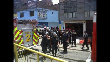 Heridos en el incendio de SJL trasladados al Hospital Hipólito Unanue