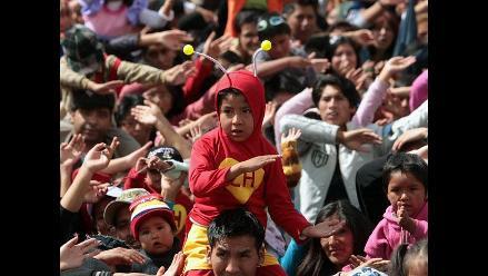 Bolivianos rinden homenaje a ´Chespirito´