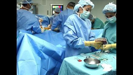 Más de 1.000 cubanos usan prótesis de pene colocadas gratis
