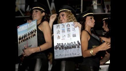 Italia: Aeromozas protestan porque les exigen usar cortísimas minifaldas