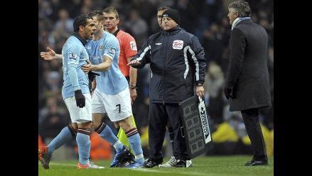 Carlos Tévez se queda en Manchester City tras cerrar mercado invernal