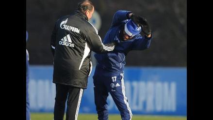 Jefferson Farfán entrenó y confía en reaparecer este sábado con Schalke