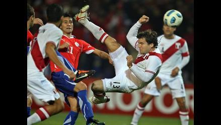 Renzo Revoredo viaja a Ecuador con Olimpia para duelo ante Emelec