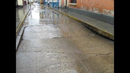 Hundimiento de calles y colapso de desagües por lluvias en Chiclayo