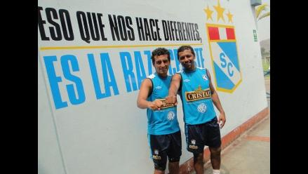 Cristal se presenta ante afición en despedida de Roberto Palacios