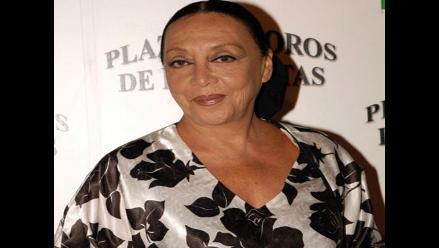 Ángela Carrasco se solidariza con el dolor de peruana Betty Missiego