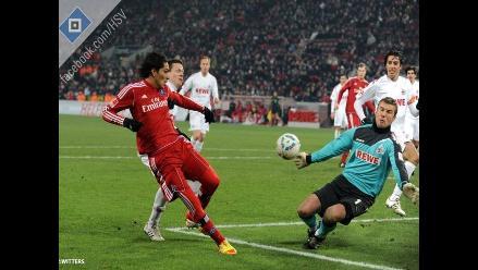Peruano Paolo Guerrero le dio el triunfo 0-1 al Hamburgo sobre Colonia