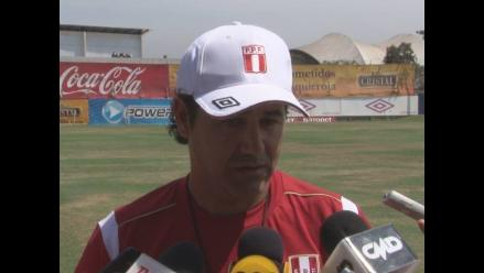 Daniel Ahmed: ´Polo y Flores son referentes como Lionel Messi´