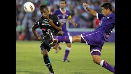 Defensor Sporting supera a Deportivo Quito y sigue vivo en Libertadores