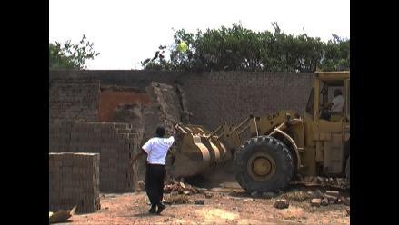 Chiclayo: Demuelen siete ladrilleras en pueblo joven Fanny Abanto