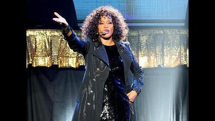 Familia de Whitney Houston se rodeará de estrellas para su despedida
