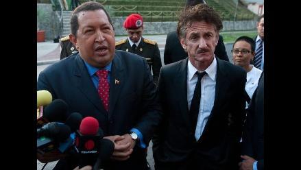 Sean Penn quiere que Chávez cante en concierto a favor de Haití