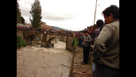 Andahuaylas: Rescatan cadáver de hombre que cayó al río Chumbao