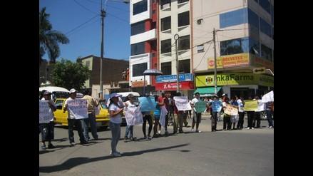 Lambayeque: Universitarios protestan exigiendo cobro de medio pasaje