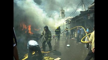 Incendio de grandes proporciones consume mercados en Tegucigalpa