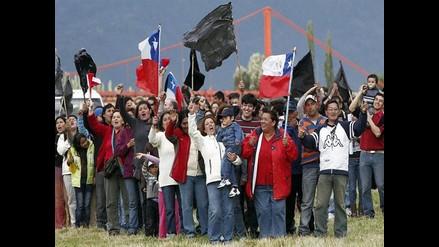 Chile: Fuerte enfrentamiento entre taxistas y policías por aislamiento