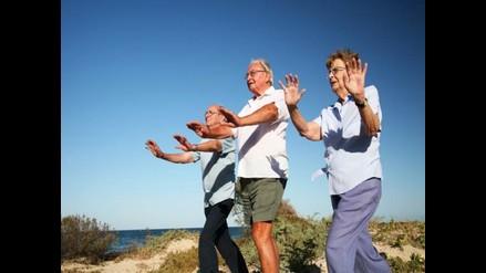 Pacientes de Parkinson mejoran salud y equilibrio con tai chi
