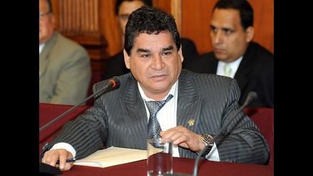 Congresista Amado Romero se allana a investigaciones