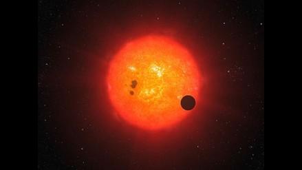 Astrónomos identifican exoplaneta formado por agua