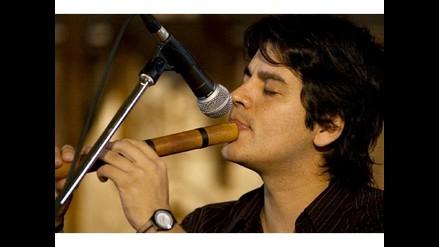 Lucho Quequezana presenta
