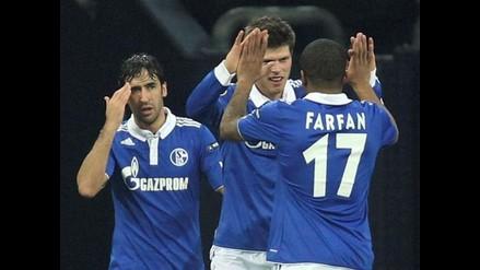 Con Jefferson Farfán titular, Schalke clasificó a octavos de Euroliga