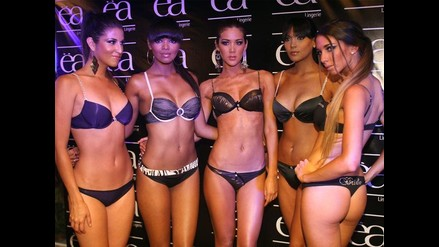 Karina Calmet inauguró tienda con sensual desfile de lencería