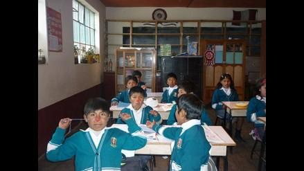 Puno: Dictan medidas para uso obligatorio de sombreros por escolares