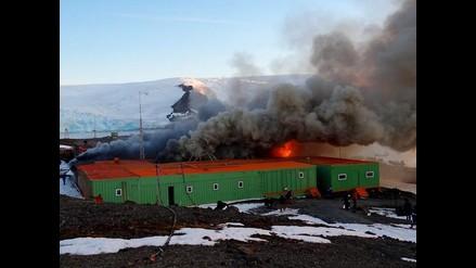 Dos militares mueren tras incendio en estación brasileña en Antártida
