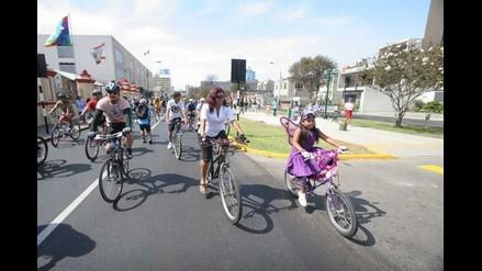 Villarán iniciará bicicletada por primer aniversario de ciclodía