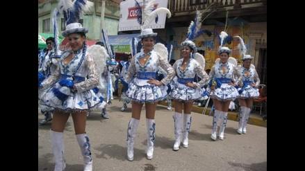 Puno: Serenazgo impide paso de bailarines en Gran Parada Folclórica