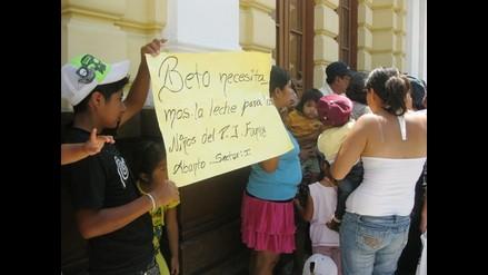 Chiclayo: Protestan por reducción de ración en Programa del Vaso de Leche