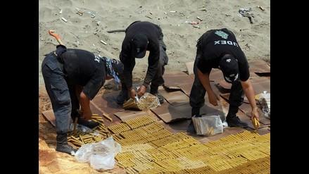 Destrucción de explosivos en Punta Negra