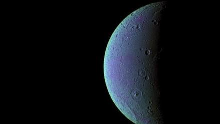 Sonda Cassini detecta oxígeno en la atmósfera de luna de Saturno