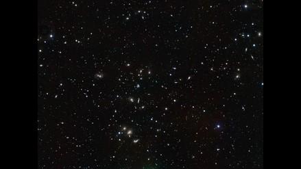 Captan parejas de galaxias intimando y fundiéndose