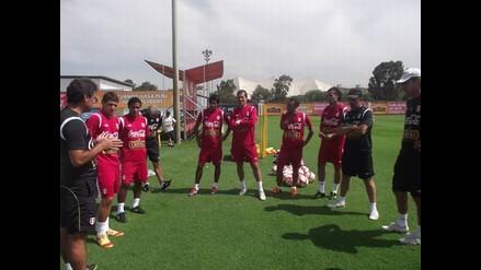 Exjugadores de la Universidad San Martín entrenaron en la Videna