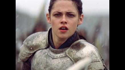 Kristen Stewart, una Blanca Nieves decidida a tomar las armas