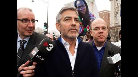 George Clooney pagó solo 100 dólares para obtener su libertad