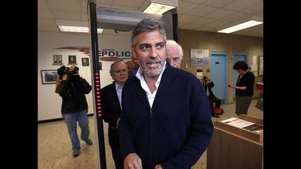 George Clooney es liberado tras ser encarcelado durante una protesta